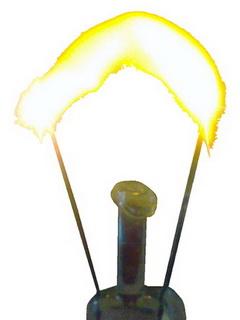 Перегорание лампы накаливания (дуга).