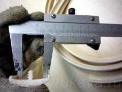 Измерение внутренней ширины канта штангенциркулем.