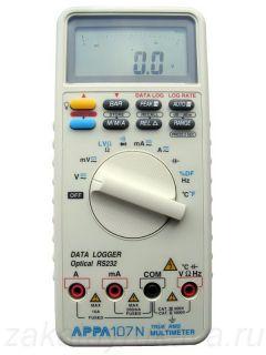 Цифровой мультиметр APPA 107N без чехла. Поворотный переключатель установлен в положение измерения напряжения.