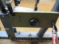 Рама велотренажера Energetics CT 80 Magnetic. Установка каретки.