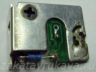 Плата кнопки электродрели после ремонта. Заменён тиристор.