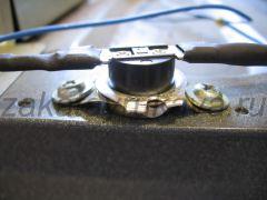 Замененный термостат микроволновой печи Panasonic NN-G335WF.