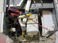 Микроволновая печь Panasonic NN-G335WF внутри.