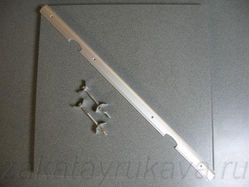 Комплект для соединения столешниц: две стяжки и соединительная планка.