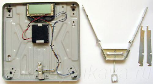 Весы MARTA MT-1650 со снятой системой рычагов.